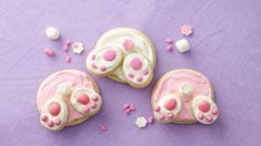 These cute bunny butt cookies are sure to become a Easter favourite.