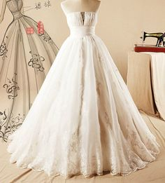 Lutas Princess Wedding Ball Gown