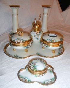 ANTIQUE-LIMOGES-DRESSER-SET-VANITY-SET-HAND-PAINTED