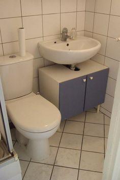 Avant: la salle de bains faisait grise mine.