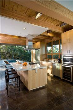 Contemporary Hudson/Panos Residence in California