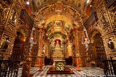 Rio de Janeiro, Brasil - interior do Mosteiro de São Bentoogle
