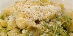 Pasta With Simple Zucchini Sauce