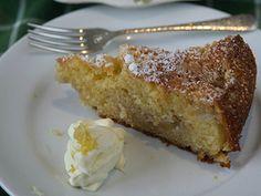 Feijoa Cake Fejoa Recipes, Kiwi Recipes, Almond Recipes, Sweets Recipes, Baking Recipes, Desserts, Kitchen Recipes, Lemon And Coconut Cake, Postres