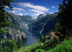 I want to get married HERE! In the Fjords of Norway!
