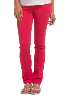 Add a pop of colour to your #maternity wardrobe with raspberry #maternityjeans $99.95 #stylishpregnancy #maternitystyle