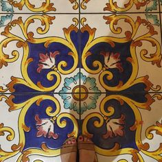 I snuck into another hotels foyer for this beautiful floor. Anything for the floor/shoe photo! #jessshoeproject #fromwhereistand #floorsthatilove #floorsandcarpetsofpublicspaces #ihavethisthingwithfloors #lookingdown #latergram #october2015 #holiday #positano #amalficoast #travel #travelgram #traveltheworld #italy #italia #igersitalia #feet #shoestagram #shoes #vsco #vscocam #vscogood #vscocamgram #tiles #tileaddiction by jessicahull1