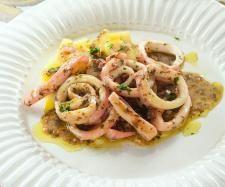 Calamares al limon. - Thermmix o Kitchen Machine, Ceviche, Canapes, Love Food, Seafood Recipes, Tapas, Fish, Image, Sea Food