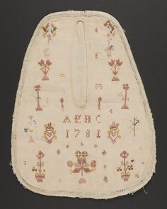 Textiles (Clothing) - Pocket - Search the Collection - Winterthur Museum 1781 18th Century Clothing, 18th Century Fashion, Vintage Accessories, Women Accessories, Sewing Pockets, Winterthur, Antique Clothing, Button Crafts, Vintage Textiles
