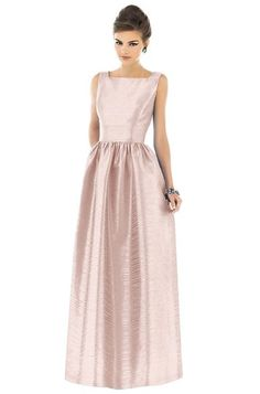 Classic long bridesmaid dress - pink champagne