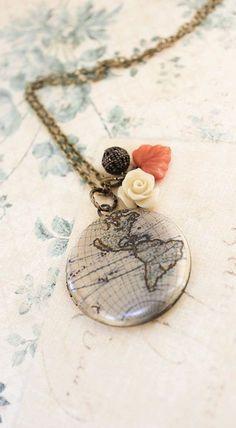 World Map Locket Necklace Cream Rose