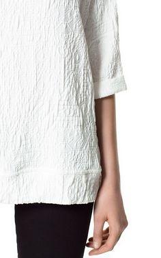 Image 4 of EMBOSSED FABRIC T-SHIRT from Zara