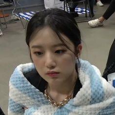 Meme Faces, Funny Faces, First Girl, My Girl, Kim Doyeon, Like A Lion, Cube Entertainment, Soyeon, Chara