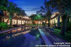 6 bed 8 bath in San Antonio Texas