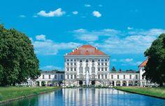 Mein #München: Altstadtbummel mit Tipps und Törtchen | Foto: © Bayerische Schlösserverwaltung, www.schloss-nymphenburg.de #munich #soreiseich #nymphenburg #cityguide #städteguide #münchenguide #bavaria #bayern #travelguide