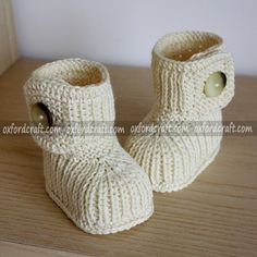 This is the best Woolen Baby Slipper that made in Nepal by Oxfordcraft.