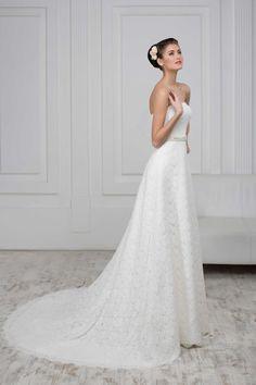 177f3835150f 12 najlepších obrázkov z nástenky Čipkované svadobné šaty
