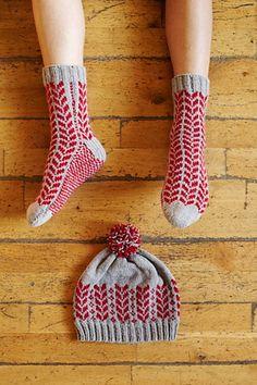 Silver Maple Comfy Socks & Beanie pattern by Kyoko Nakayoshi