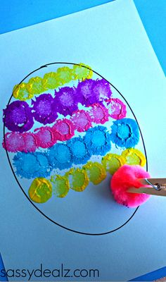 Thomas - pretty sure you've done this clothespin/pom pom painting before, but just in case. :) Easter crafts Pom Pom Easter Egg Painting Craft for Kids - Crafty Morning Kids Crafts, Painting Crafts For Kids, Preschool Crafts, Craft Kids, Children Painting, Painting Activities, Craft Paint, Crafty Craft, Jar Crafts