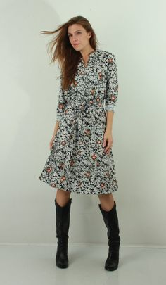 0788085e2d71e0 jaren 70 jurk   Vintage Floral Dress   Midi jurk   Boho jurk   Vintage  Bloemen