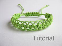 Pulsera patrón macrame pdf tutorial verde por Knotonlyknots en Etsy