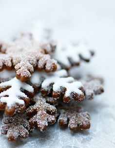 Gingerbread Snowflakes - eat indoors by the fire with a cup of hot chocolate.
