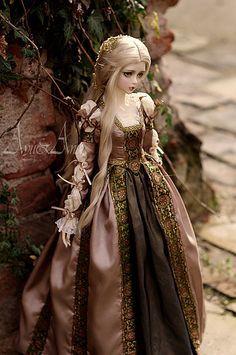 :: Crafty :: Doll :: Clothes :: Borgias Style dress for bjd SD girl bodies Mode Renaissance, Renaissance Fashion, Italian Renaissance, Renaissance Costume, Renaissance Clothing, Pretty Dolls, Cute Dolls, Beautiful Dolls, Ball Jointed Dolls