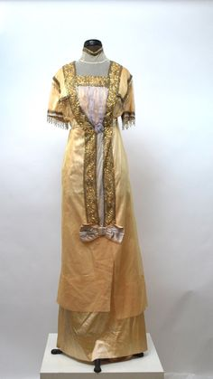 1910's Silk and Lace Beaded Dress