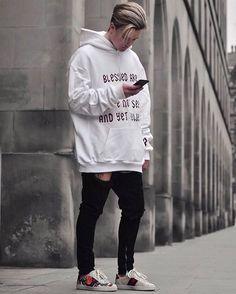 Zobacz na Instagramie zdjęcie użytkownika @bestofstreetwear • Polubienia: 5,323