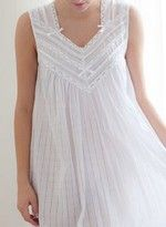 #chemise_de_nuit luxe de chez www.cetaellecetalui.com. Le raffinement ! Belle Lingerie, Women Lingerie, Night Wear Dress, Night Dress For Women, Cotton Nighties, Cute Sleepwear, Vintage Nightgown, Dress Neck Designs, Modest Skirts