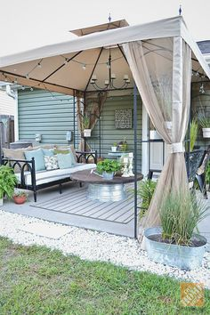 How To Find Backyard Porch Ideas On A Budget Patio Makeover Outdoor Spaces – 2019 - Patio Diy Budget Patio, Diy Patio, Backyard Ideas On A Budget, Small Living Room Ideas On A Budget, Backyard Deck Ideas On A Budget, Inexpensive Backyard Ideas, Outdoor Rooms, Outdoor Living, Outdoor Decor