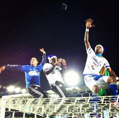 Millonarios F.C Concert, White People, Blue, Hen House, Sports, Autos, Life, Concerts
