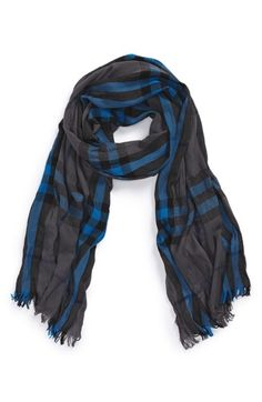 Free shipping and returns on Burberry Check Merino Wool & Cashmere Scarf at Nordstrom.com. Dapper checks further the signature style of a rich scarf woven from extra-fine merino wool and soft cashmere.