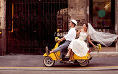 Funny prewedding photoshoot - The majority of the moment, grooms don't prioritize shots of their wedding information, but it doesn't necessarily sign. Luxury Wedding Dress, Glamorous Wedding, Trendy Wedding, Wedding Dresses, Dream Wedding, Boho Wedding, Perfect Wedding, Wedding Humor, Wedding Pics