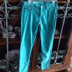 """Jeans by AG (Adriano Goldschmied) Details: These are """"the Legging Ankle, Super Skinny Ankle"""" 80% Cotton, 15% Modal, 5% PU. Model/Color:  LSN 1389-TUR Size 27R (This size fits like a glove for you who are between a 26-27) Measurements:   Inseam 29"""" In excellent condition AG Adriano Goldschmied Jeans Skinny"""