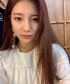 Check out Miss A @ Iomoio Miss A Suzy, Instyle Magazine, Cosmopolitan Magazine, Bae Suzy, Kpop, Cute Asian Girls, Aesthetic Photo, Korean Model, Black