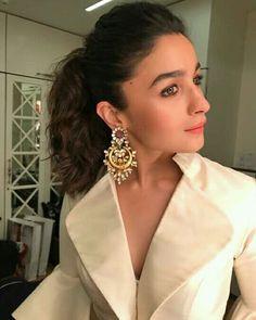 Alia Bollywood Celebrities, Bollywood Fashion, Bollywood Stars, Anarkali, Lehenga, Sharara, Designer Lehnga Choli, Alia Bhatt Photoshoot, House Of Blouse