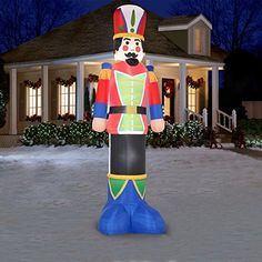 Massive 12 foot tall inflatable nutcracker nutcrackers for Airblown nutcracker holiday lawn decoration