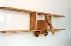 Artesanato feito de paletes madeira reciclada: Nichos de parede em forma de avião bem interessant...
