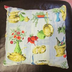 45x45cm Cushion made using classic 1950s/60s kitchen-print barkcloth fabric. Envelope style, plain black reverse. Includes pad  I would suggest hand-wash with care or Dry Clean only   If you are in a country other than the UK, I will be more than happy to send you a shipping quote.