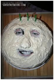 mighty boosh cake. Got to make this for Adams birthday!