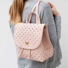 #backpack #outfit #sixaccessories #heart #love #rose #fashion