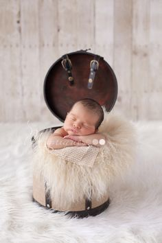 Outside Newborn Photography Siblings | - Vancouver Newborn and Maternity Photography: Vancouver Newborn ...
