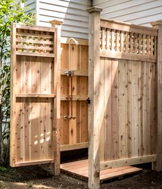 outdoor-shower-kit-standard-knotty-cedar-NY