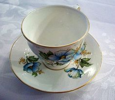 Begin or add to your collection.  Stunning Queen Anne teacup and saucer.  Bone china and gold.