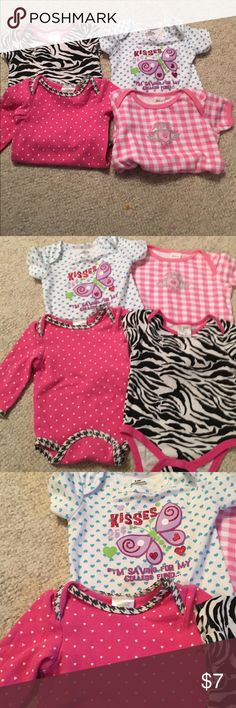 4 baby girl onesie/ tee shirts size 6/9 months 4 baby girl onesie/ tee shirts size 6/9 months in nice condition bundle #211 One Pieces Bodysuits