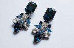 DIY earrings. Great use for broken vintage earrings.