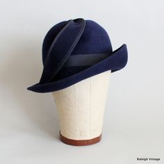 Vintage+1960s+Hat++60s+Navy+Wool+Cloche+Hat+by+RaleighVintage,+$38.00