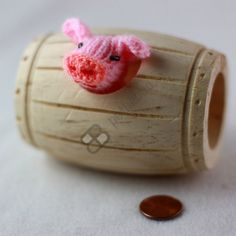 Cute wooden barrel shaped hamster hideout