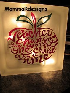 Etched glass block.  Teacher gift!  Apple theme perfect for teacher gift or your favorite teacher!  MommaRdesigns
